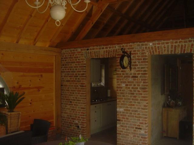 Binnenkant daktimmer poolhouse
